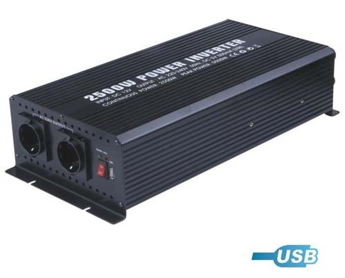 DC-AC инвертор PowerInverter 2500W USB