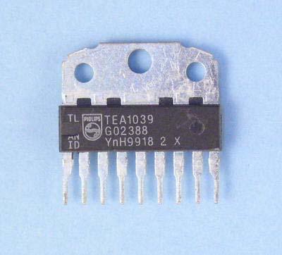 NXP Мультимедиа преобразователь TDA1521A/N5.112