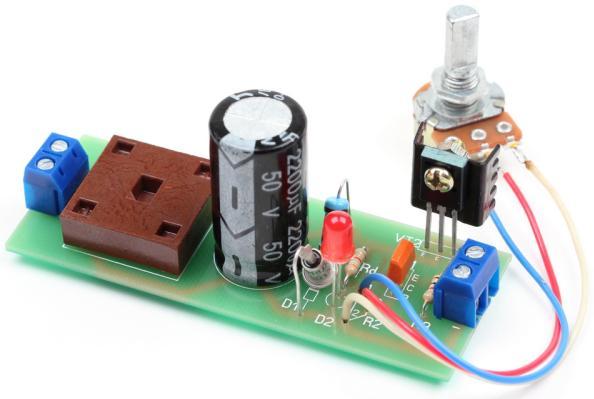 Радиоконструктор RP015. Наипростейший стабилизированный регулируемый блок питания (0...12 В ; 1 А)