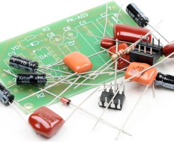 NM0103. Радиоконструктор. Фильтр низких частот для сабвуфера (ФНЧ)