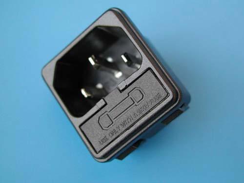 Разъем 220V AC-4FL. Норма отпуска на этот компонент: 2 штук (-и).