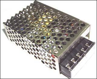 PW1221B - Источник питания импульсный 12 В, 2,1 А в корпусе