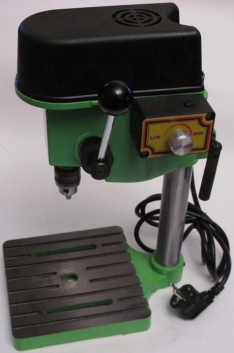 ZB2506-1. Настольный сверлильный станок мощностью 100 Вт с кулачковым патроном до 6 мм (mini bench drill)