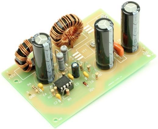 Радиоконструктор RP033. Импульсный повышающий (12 В - 19 В) автомобильный DC-DC преобразователь напряжения (для питания ноутбуков)