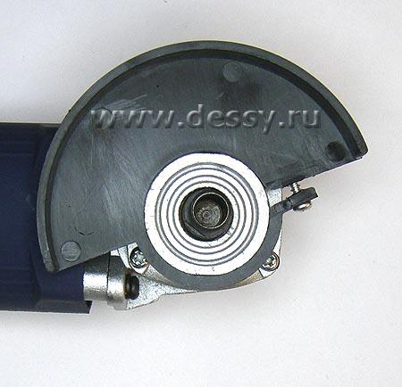 Вид вала с местом для установки цангового зажима угловой шлифовальной машинки (болгарки) ROYCE RDG-500S