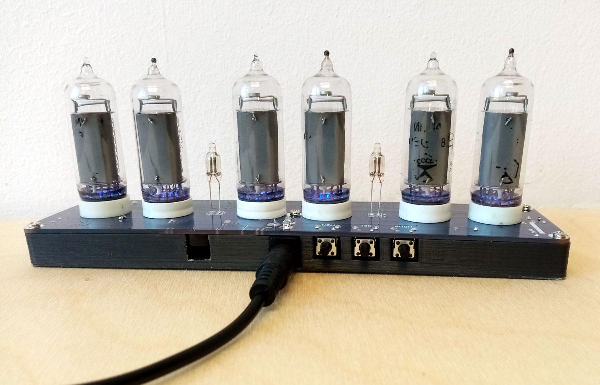 Часы на газоразрядных индикаторах ИН-14 Nixie Clock