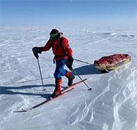 Колин O'Брэди</strong></a> стал первым человеком в истории, который пересек Антарктиду в одиночку на лыжах